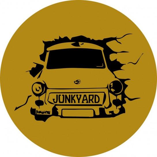 Junkyard Pub